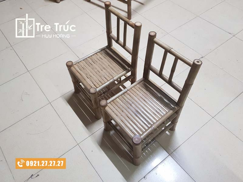 ghế tre tựa